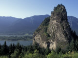 View of Beacon Rock on the Columbia River  Beacon Rock State Park  Washington  USA