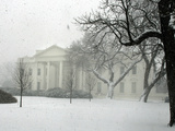 Heavy Snow Falls at the White House