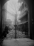 New Orleans' French Quarter is Famous for its Intricate Ironwork Gates and Balconies Papier Photo