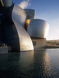 Guggenheim Museum  Bilbao  Spain