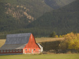 Red Barn in Fall  British Columbia  Canada