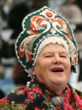 Portrait of Singer in Traditional Costume at Vernisazh Market  Moscow  Russia