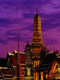 Wat Phra Keo at Dusk  Bangkok  Thailand