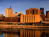 Mississippi River and City Skyline  St Paul  United States of America
