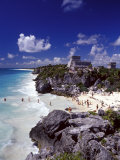 View of the Mayan site of Tulum  Yucatan  Mexico