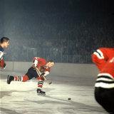 Hockey: Chicago Blackhawks Bobby Hull No9 in Action  Shooting vs NY Rangers