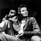 Portrait of Actress Katharine Hepburn with Cigarette in Hand Aluminium par Alfred Eisenstaedt