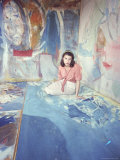 Painter Helen Frankenthaler Sitting Amidst Her Art in Her Studio Aluminium par Gordon Parks