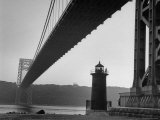 Lighthouse with George Washington Bridge Closed by Public Where Kids Illegally Enjoy Playing
