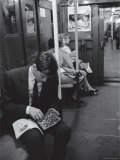 Chess Champion Bobby Fischer Working on His Moves During a Subway Ride Aluminium par Carl Mydans