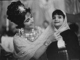 Elizabeth Taylor on Set of Cleopatra with Daughter