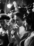 Julie Andrews Taking a Sip from the Glass Slipper During the TV Production of Cinderella Aluminium par Gordon Parks