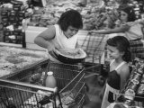 Kids in Supermarket  Experiment by Kroger Food Foundation  Children Let Loose in Kroger Supermarket
