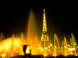 Fountain at the Eiffel Tower  Paris  France