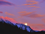 Full Moonrise over Cloudcroft Peaks  Glacier National Park  Montana  USA
