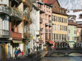 Buildings Along Canal de Thiou  Old Town  Annecy  French Alps  Savoie  Chambery  France