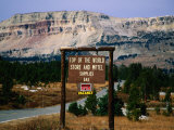 Sign at Beartooth Mountains  Top of the World Store and Motel Supplies  Yellowstone NP  USA