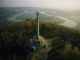 Memorial to the Battle of Chattanooga Overlooks the Tennessee River