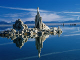 Tufa Formations in Mono Lake Tufa State Reserve  Mono Lake  California  USA