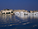 Lake Pichola and City  Udaipur  Rajasthan  India