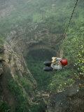 A Biologist Ascends Tawi Attair  a 200-Meter Deep Sinkhole