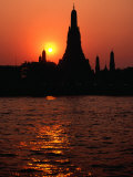 Temple of Dawn  Wat Arun  at Sunset  Bangkok  Thailand