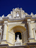 Statue of Queen Isabella in La Merced  Antigua Guatemala  Sacatepequez  Guatemala
