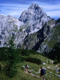 Hikers on Konigsee-Wimbachtal Below South Peak of Waltzmann  Berchtesgaden  Bavaria  Germany