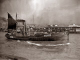 A Yarmouth Herring Boat Leaves the Mouth of the River Yar Norfolk  1935