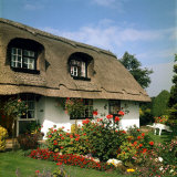 Thatched Cottage Near Burscough in Lancashire  Northern England 1972
