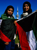 Girls with Kuwaiti Flags to Greet Amir of Kuwait  Kuwait