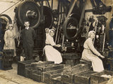 Female War Workers in a Manchester Munitions Factory