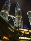 Suria Klcc Shopping Complex and Petronas Towers  Kuala Lumpur  Malaysia