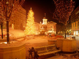 Christmas Tree on Snowy Night in Pioneer Courthouse Square  Portland  Oregon  USA