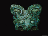A Patterning Called Taotie Adorns a Turquoise-Inlay Amulet