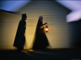 Ghostly-Looking Reenactors Take a Twilight Walk