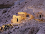 A Spotlight Illuminates Ancient Anasazi Ruins