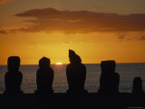 Five Ancient Statues Are Silhouetted Against a Sunset Sky  Ahu Vai Uri  Tahai  Easter Island