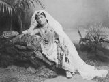 The Pearl Fishers a Photo of Amparo Alabau in the Leading Role of Valencia