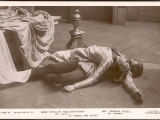 Phyllis Neilson-Terry as Juliet and Vernon Steel as Romeo in the Dramatic Climax