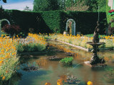 Fountain and Pond  Butchart Gardens  Canada