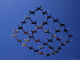 Skydivers in Diamond Formation