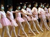 Children Learning Ballet Lessons Wear Masks