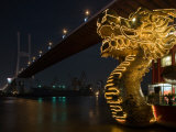 Dragon Outside Floating Chinese Restaurant under Nanpu Bridge  Shanghai  China