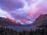 Sunrise over Wild Goose Island  Glacier National Park  Montana  USA