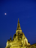 Wat Phra Si Samphet at Night  Ayuthaya  Thailand
