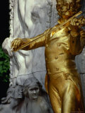 Statue of Strauss the Younger  Johann Strauss Denkmal  in Stadtpark  Vienna  Austria
