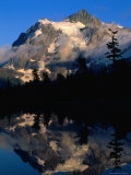 Mt Shuksan Reflected on Picture Lake  Mt Baker Scenic Byway  USA