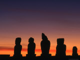 Sunset Over Ahu Vai Uri at the Tahai Ceremonial Complex  Hanga Roa  Chile