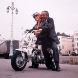 Sid James and Barbara Windsor on Location for Carry on Girls
